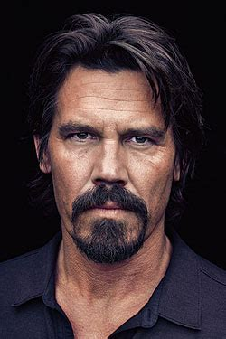 Home Design Store New York Josh Brolin Takes His Turn As A Leading Man Fall Preview