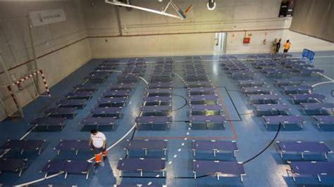 pabellon kiko narvaez cruz roja habilita un polideportivo en la capital para