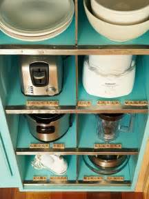 kitchen appliance storage organization