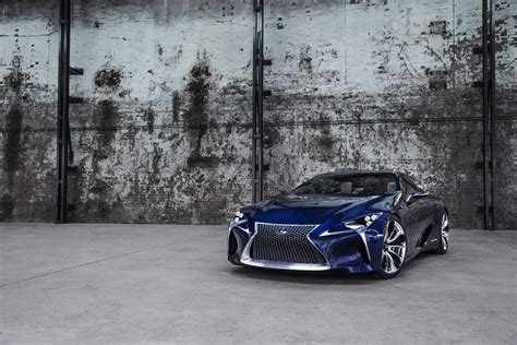 lexus lf lc lexus lf lc hybrid blue concept brings revised look to