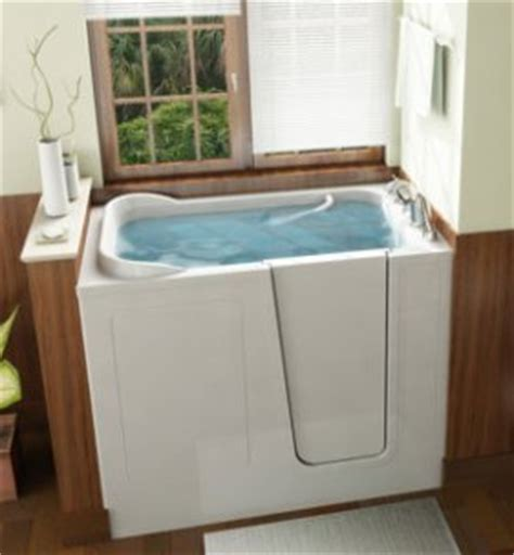 Used Walk In Bathtubs by How To Buy A Walk In Tub