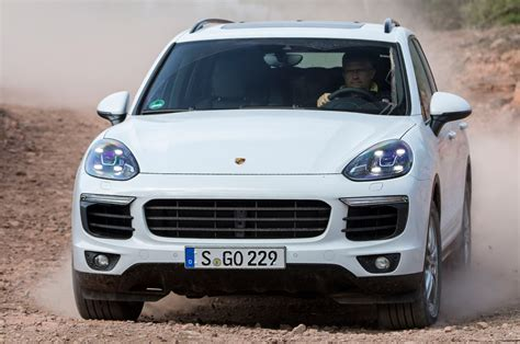 Porsche Cayenne S 2014 by 2014 Porsche Cayenne S Diesel Drive Review Autocar