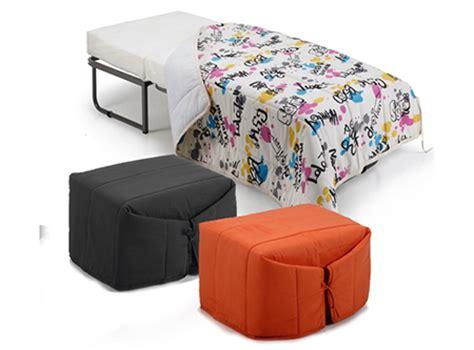 montaas en la cama 8498714435 puff para sentarse bueno realmente no es ni una silla sino una funda para uno de esos puffs