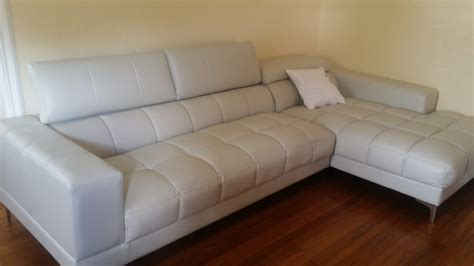 leather sectional sofa rooms to go i sofa rooms to go smileydot us