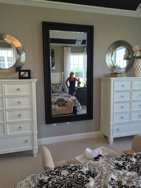 decor for bedroom dresser 25 best ideas about dresser mirror on white
