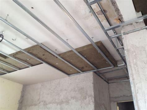 insonorizzare il soffitto pannelli cartongesso coibentati lavori in cartongesso