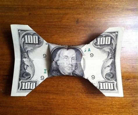 Origami Dollar Bill Bow Tie - beautiful money origami pieces many designs made of