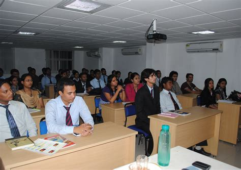 Mba In Patna by Amity Global Business School Patna Top Best Mba Bba
