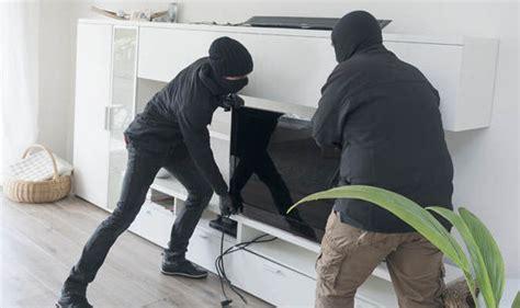 burgled policeman finds his property in home next door
