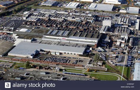 jaguar liverpool halewood aerial view of jaguar car s halewood plant at speke