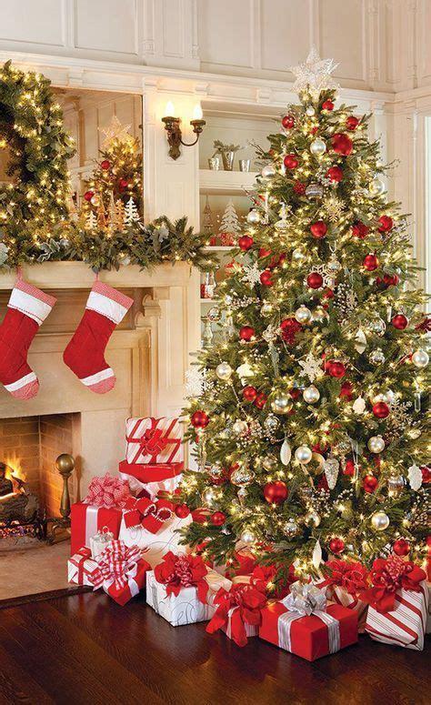 decoração arvore de natal vermelho e branco decora 231 227 o de natal vermelho e dourado festa final de ano