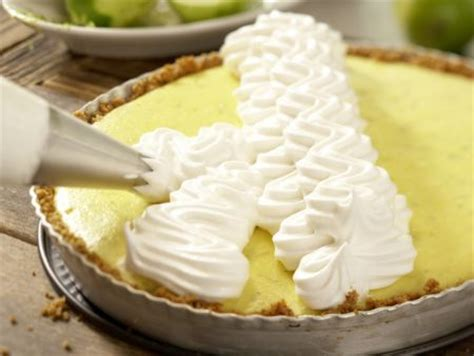 baiser auf kuchen limetten baiser kuchen rezept eat smarter