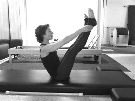 Benefits Of Pilates Mat by What Are The Benefits Of A Daily Pilates Mat Workout