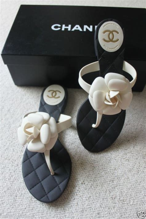 Flat Flower Channel 25 best ideas about chanel shoes on chanel