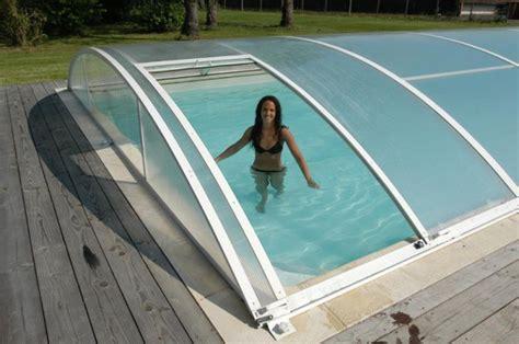 les abris en forme de d 244 me 187 piscine