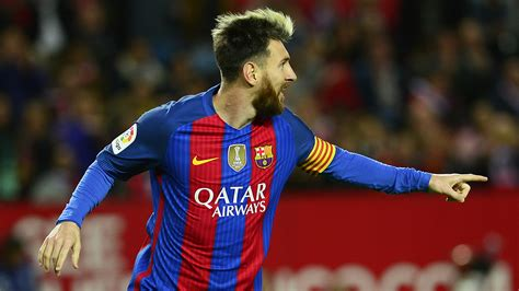 messi born in italy lionel messi reaches another landmark oddsdaily