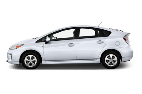 what car toyota 2013 toyota prius reviews and rating motor trend