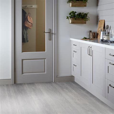 isalenia whitewood effect matt vinyl flooring