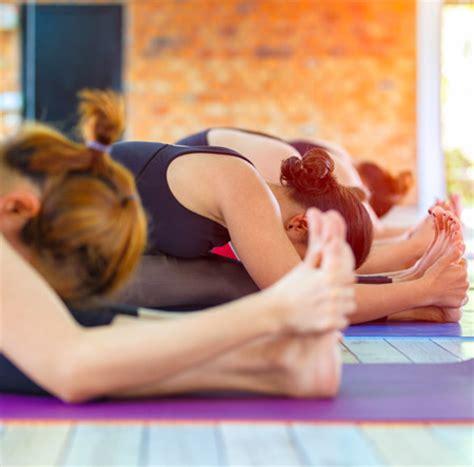 yoga meditation tutorial kairali the ayurvedic healing village yoga and