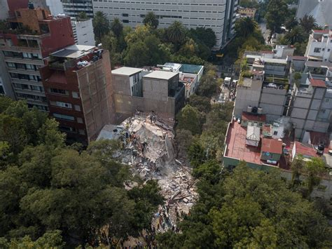 nytimes mexico city quake threatens to cause flight from mexico city s hip