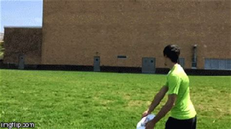 how to frisbee a every frisbee throw how to s ultimate frisbee hq