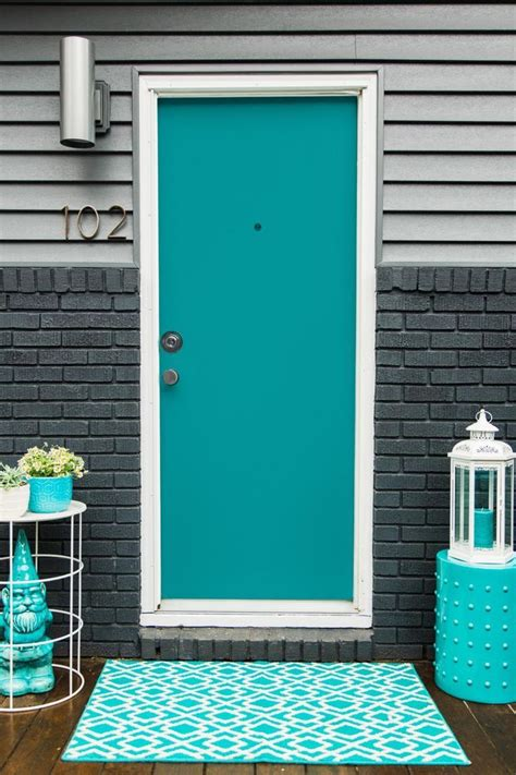 bright blue front door best 25 teal door ideas on pinterest turquoise door