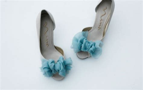 diy pumps shoes bows make pretty shoes diy projects pretty designs