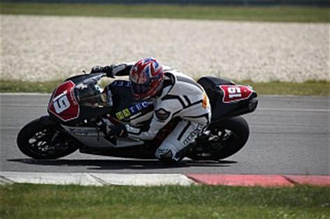 Schnellstes Motorrad Rennen by Gh Moto Slovakia Motorrad Sport