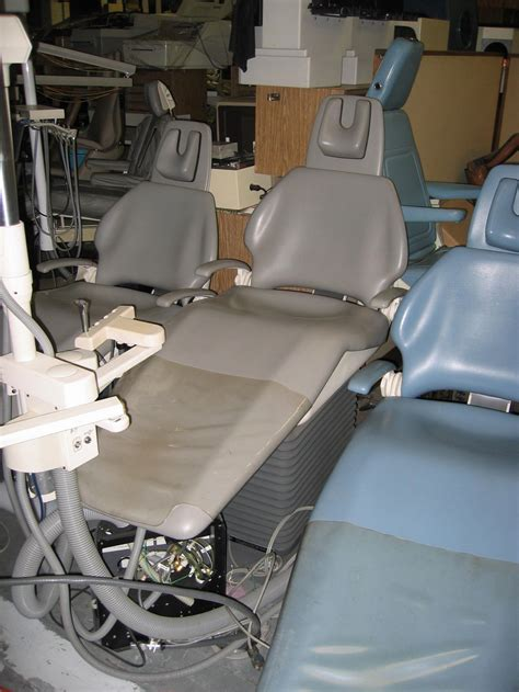 pelton and crane dental chair upholstery siemens pelton crane chairman 5000 pre owned dental inc