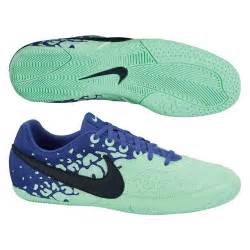 soccer shoes indoor soccer shoes 53 99 nike fc247 elastico ii