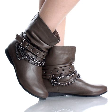 brown leather ankle boots on the hunt