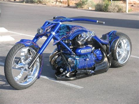 imagenes de motos chopper 2300cc triumph rocket iii custom bikes pinterest