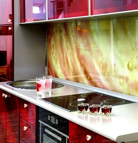 kitchen glass backsplash pictures and design ideas kitchen backsplash ideas materials designs and pictures
