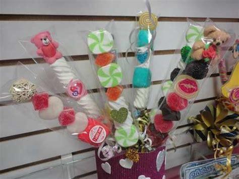 decoracion de bombones para fiestas 300 best images about marshmallow party centerpieces on