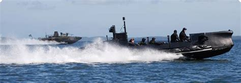 demilitarized boats for sale swimmer delivery vehicle demilitarized underwater vehicle