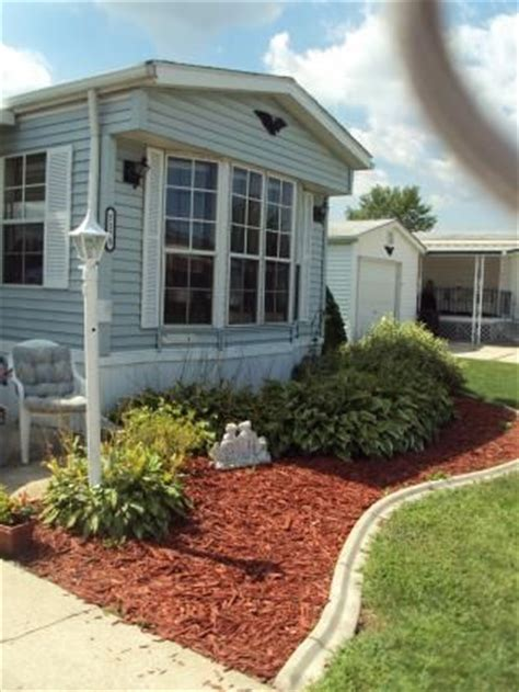 Landscaping Ideas Manufactured Homes Landscape On Mobile Homes Mobile Home