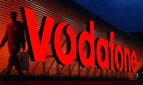 calling vodafone customer services from mobile 08443851600 vodafone customer service contact number