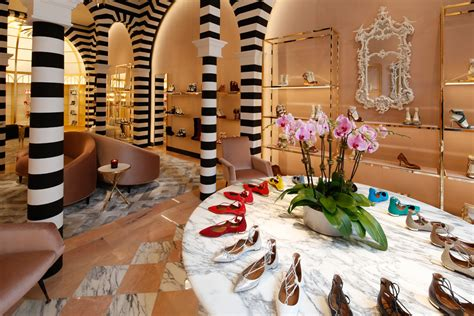 shoe boutique 10 things shoe stores can do to boost sales footwear news