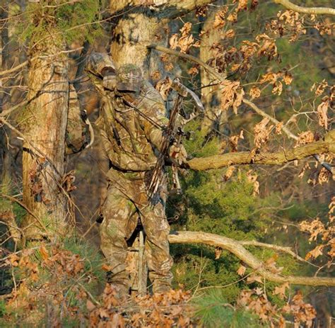 tree stand for realtree one of the realtree camo patterns in a