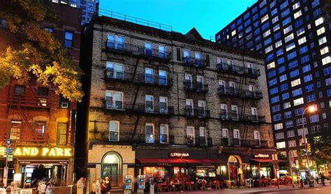 murray hill section of manhattan the best hostels in new york city just a pack