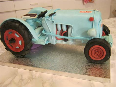 Hochzeitstorte Traktor magdas sugar land