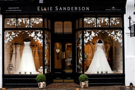 Dress Shop by 7 Steps To Buying Your Wedding Dress