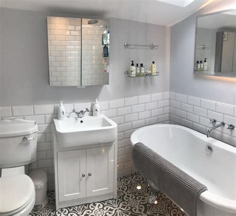 traditional bathroom design  bristol bathdeco