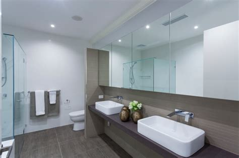white modern bathrooms 32 bathrooms with floors