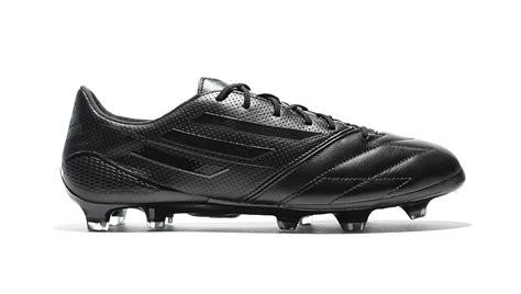 Sepatu Boots Blackout adidas f50 hitam