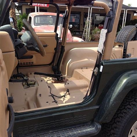 Jeep Store Near Me The 25 Best Jeep Store Ideas On Jeep Dealer