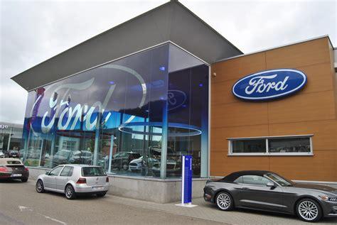 Ford Garage by D 233 Couvrez Le Premier Ford Store De Belgique Link2fleet