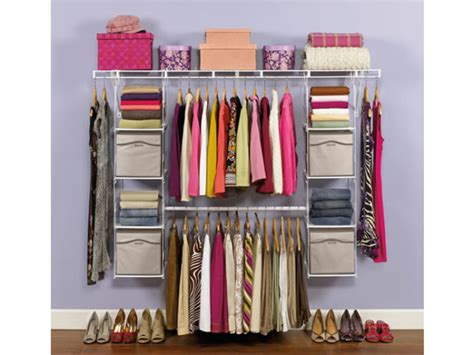 Rubbermaid Closet by Maximize Your Closet S Potential With The New Rubbermaid