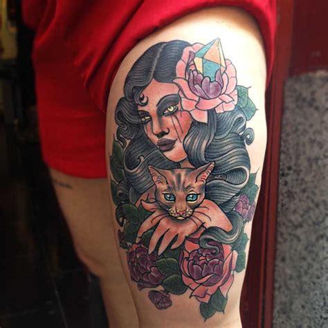 tattoo old school mujer tatuajes tradicionales mujeres