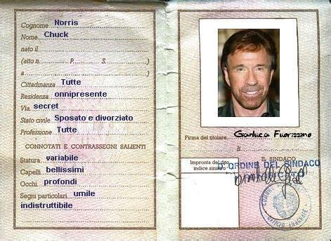 carta di soggiorno elettronica documenti per il check in in hotel italiani